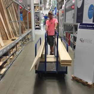 brad-in-lowes